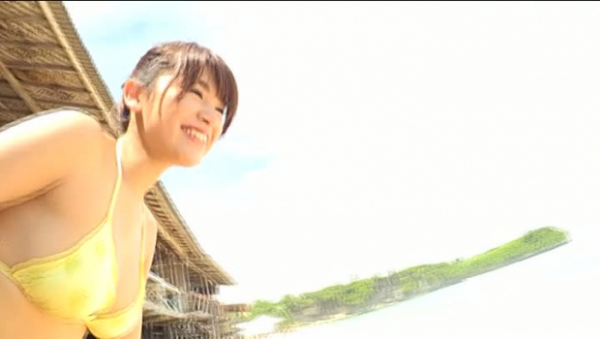 久松郁実 モデルとグラドルの良いとこどりボディが激しこwwwいくみんのビキニ姿が抜けるwwwエロ画像55枚   ときめき速報 表紙
